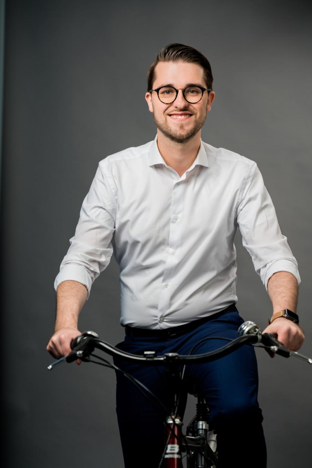 Marlo Kratzke auf dem Fahrrad
